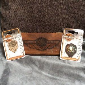 Harley Davidson RARE wooden dart case & flights
